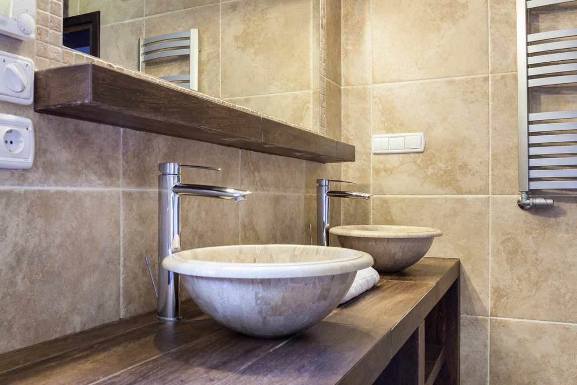 5 bathroom tile ideas for small bathrooms part 2 1