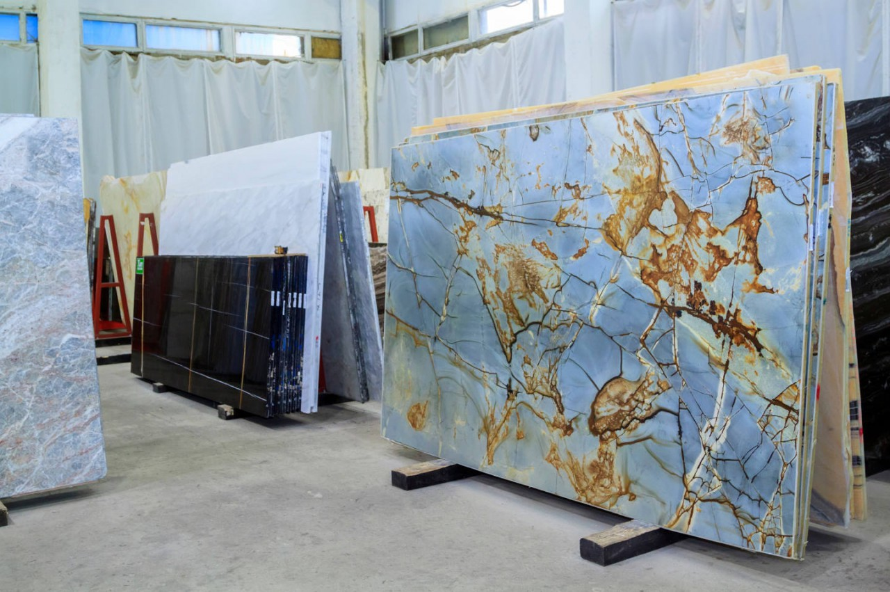 7 tips to consider when buying marble slabs for your countertop