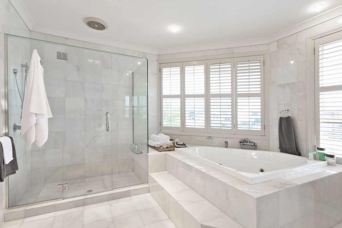 5-bathroom-tile-ideas-for-small-bathrooms-part-1-1