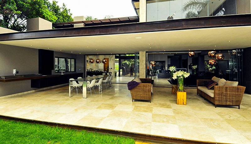 easystone-floor-marble-exterior-villa_20190624-164812_1