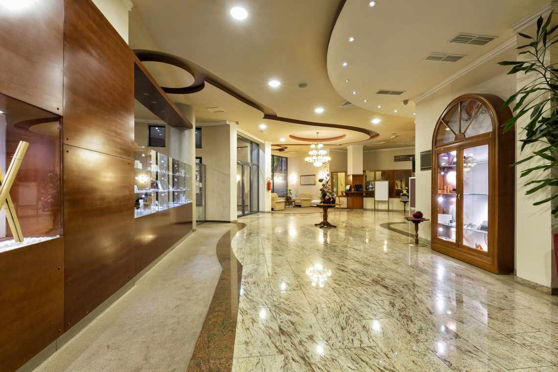 marble-flooring-one-of-the-most-luxurious-flooring-material-4